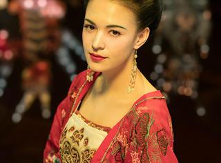 13岁出道22岁拿影后25岁生女,30岁的她演活了杨贵妃