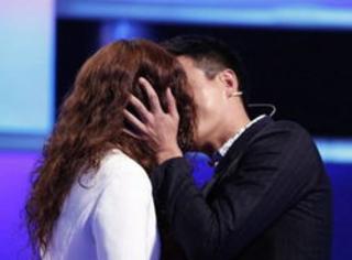 導演:要不是臉不行,吻戲我就親自上了!