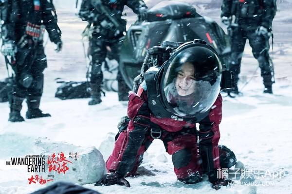 《流浪地球》,一部满足春节档所有观影人期待的中国科幻片