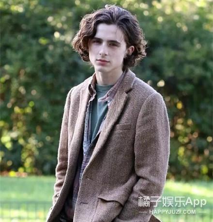 高颜值演技派的甜茶少年,22岁提名影帝人气高