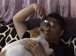 爸媽養了寵物以后…你的地位可能還不如一只狗