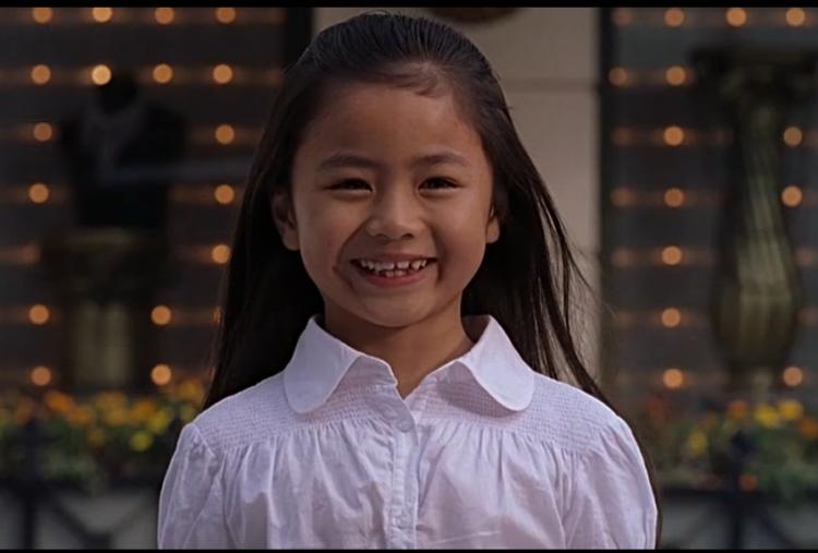 還記得周星馳《功夫》里的小啞女嗎,她越來越美了!