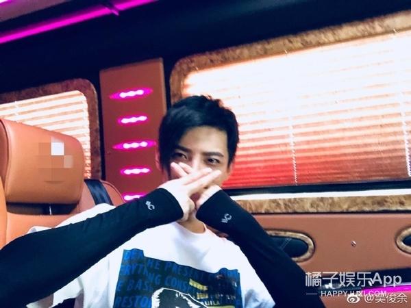 还记得2010快男第九吴俊余吗?他现在长这样啦!