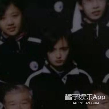 我們找了23張明星學生時代的照片,最不像的竟是她?