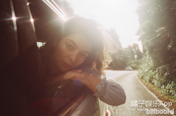 Lorde上《Billboard》封面,这样的她你喜欢吗