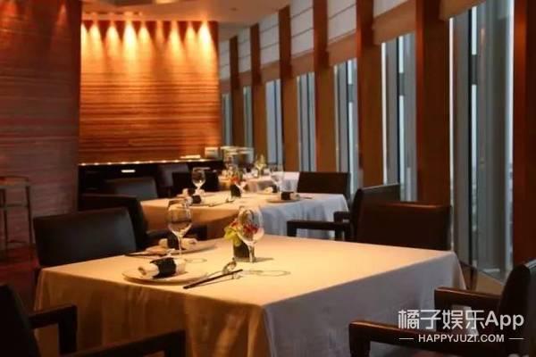 连续9年荣登米其林三星餐厅,想吃一口得提前三个月排队!