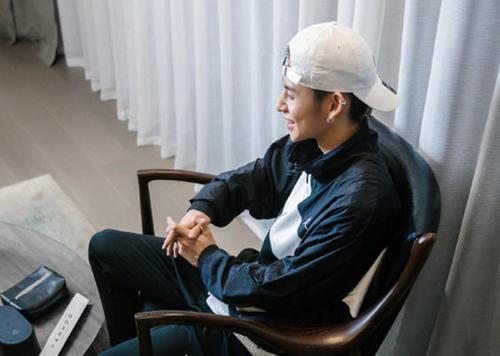 21岁男爱豆转行去当网课老师了?