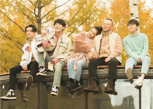 三位單身男藝人看著劉濤王珂秀恩愛是什么感受?