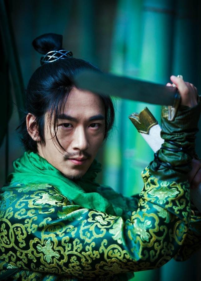 还记得《太子妃升职记》的赵王吗?他现在长这样