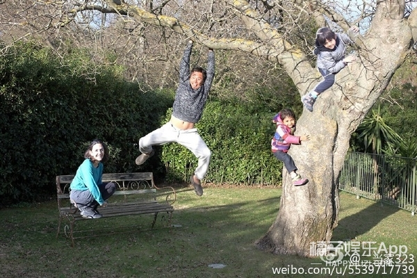 还记得刘烨的儿子诺一吗?他现在长这样