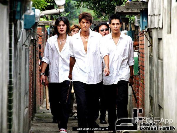 《斗鱼》翻拍电影版主演全是新人,安以轩还要来客串?
