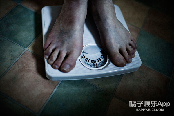 减肥的姑娘,你的饮食习惯中可能隐藏着心理危机!