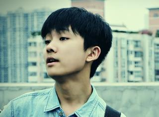 还记得《少年进化论》里的刘俊麟吗?他变化好大