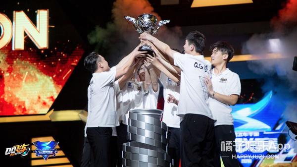 第一届《QQ飞车手游》S联赛夏季赛诞生,恭喜QG
