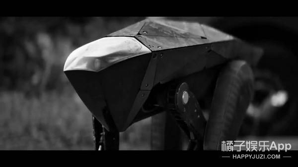 《黑镜4》创下系列最低分,这部神剧这一次真的跌下神坛了