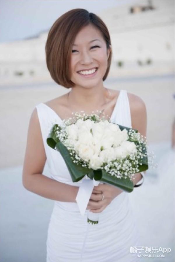 刘欢女儿近照曝光,有学历有身材,这是能进娱乐圈的水平吧!