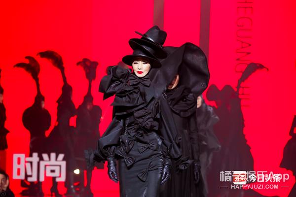 2019今日头条时尚盛典:岁月有时,时尚无限