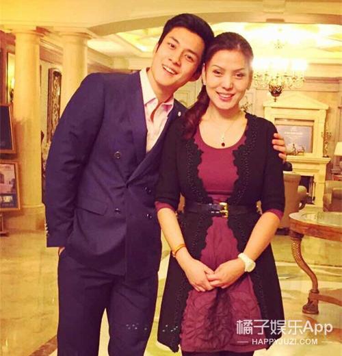 富二代的留学圈真奇妙...华谊千金和韩东君表妹也是闺蜜