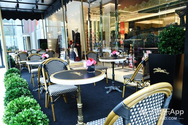 Café de Longchamp 上海限时咖啡店揭幕