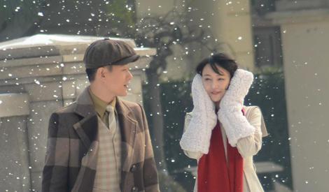 鄭爽雪中起舞,與佟大為手牽手漫步超浪漫