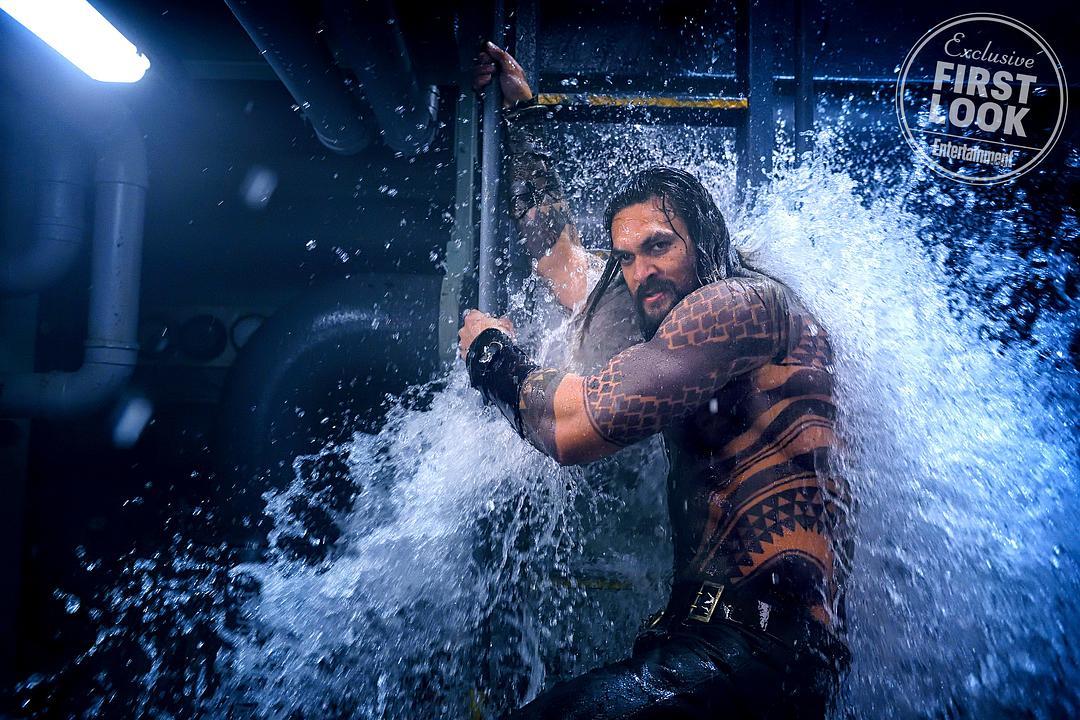 《海王》最新预告一出,隔壁《毒液》脸上更挂不住了