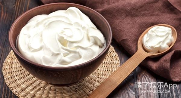 饺子配酒越吃越有,那如果配上酸味的奶油呢?