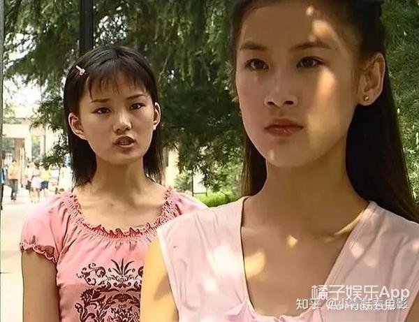 还记得《红苹果乐园》的萧晴吗?她现在长这样