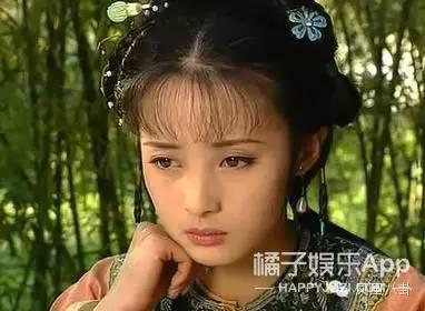 还记得《康熙微服私访记》的小桃红吗?她女儿都这么大了