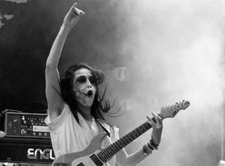 金属乐队Babymetal吉他手藤冈干大去世,享年36岁
