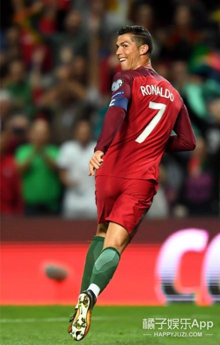C罗止步世界杯令人心疼,但看完他的总裁生活我又擦干了眼泪
