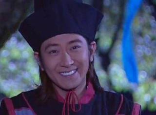 还记得《雪花女神龙》里的皇甫仁和吗?他现在长这样