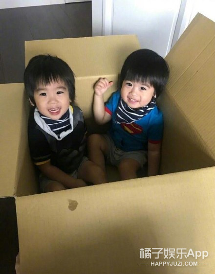 Jenson撞脸哥哥Kimi ,林志颖:他们才是双胞胎