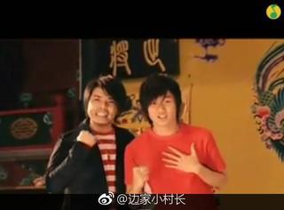 还记得《北京欢迎你》里的阿杜吗?他现在长这样