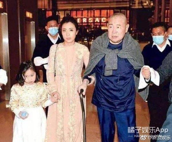 薛之谦回应吸毒传闻  王源登上初三政治课本