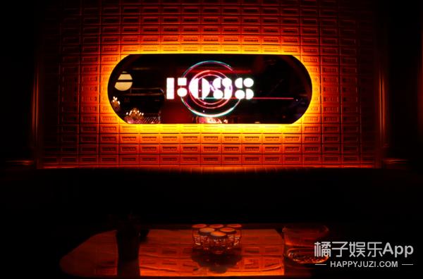 "FOSS登陆""北京三里屯"",放肆开启跨界潮流新玩法!"