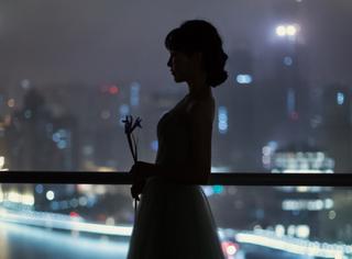 李子柒獲2020微博之夜年度熱點人物,紅毯造型盡顯東方美