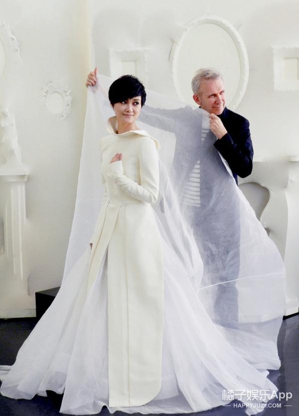 婚纱照 | 有什么稀奇 李宇春早就穿过婚纱了!