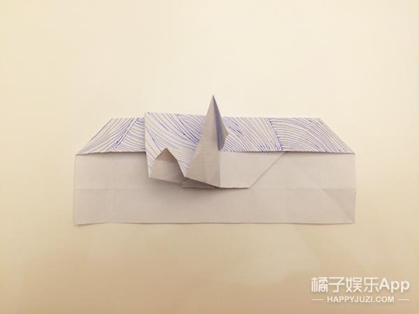 送心形石头已经out了 用纸就能折高逼格的心你造吗