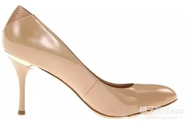 穿高跟鞋的妹纸都是超人变的 美国男人24小时穿高跟鞋试验