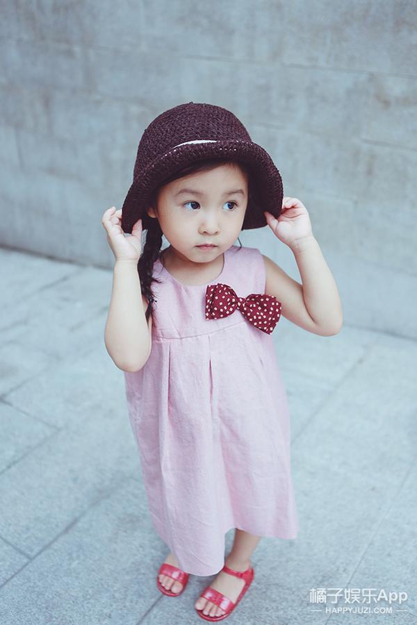 【转发送衣服】陪孩子一起美下去 李小璐为甜馨创立亲子装品牌