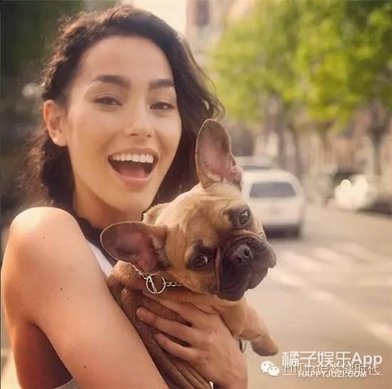 零差评女神Adrianne Ho:流汗也是一种时尚