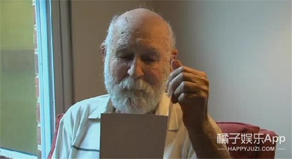 辗转26年,父亲终于收到儿子从天堂寄来的贺卡