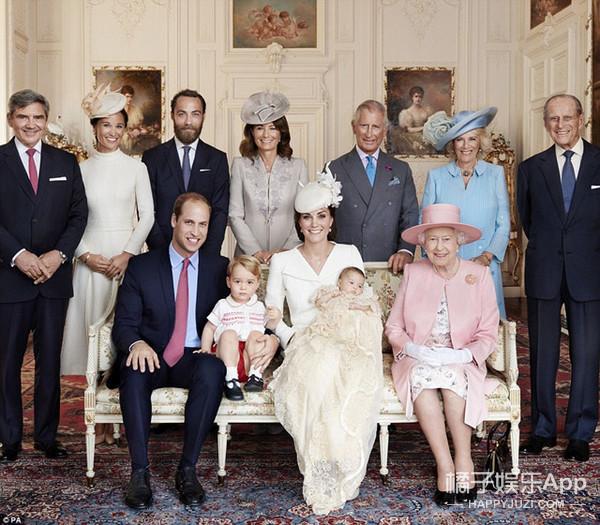 英国皇室以为自己公布了全家福,结果还是少一个!