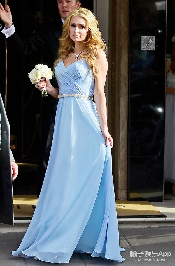全世界最有钱的名媛出嫁了 只有50万的婚纱才配得上她