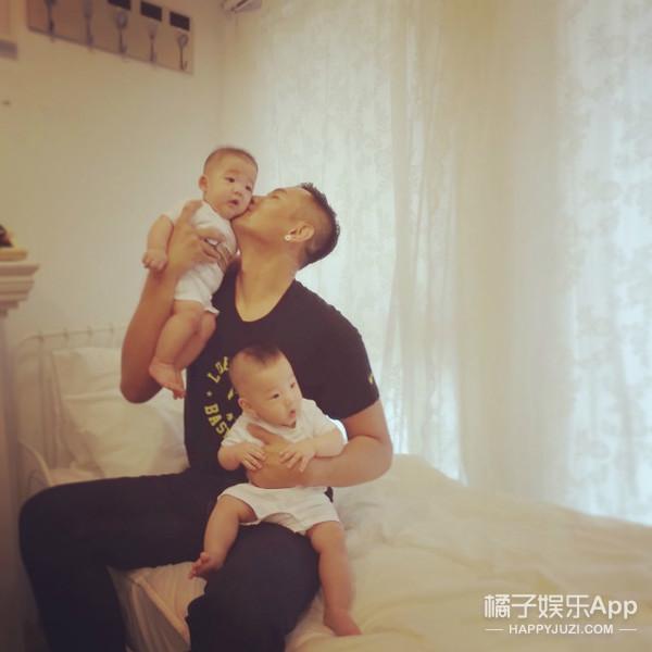 萌哭!范玮琪和黑人陈建州家的双胞胎儿子半岁啦