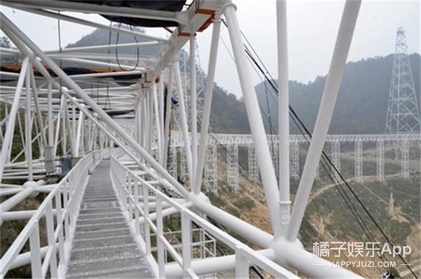"""肉眼就能望穿新地球,中国超级望远镜""""天眼""""明年就建成"""