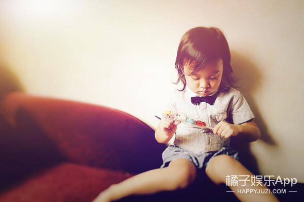 独家 | 李小璐镜头下的甜馨 世界上最好的摄影师是妈妈