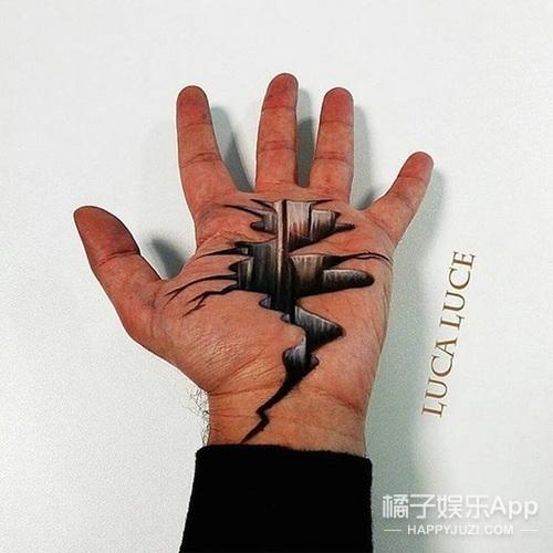 艺术家在手掌上创作逼真三维画