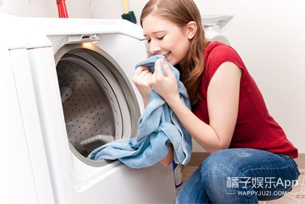 新技能get   原来衣服要这样洗 比洗衣店还干净的洗衣技巧!