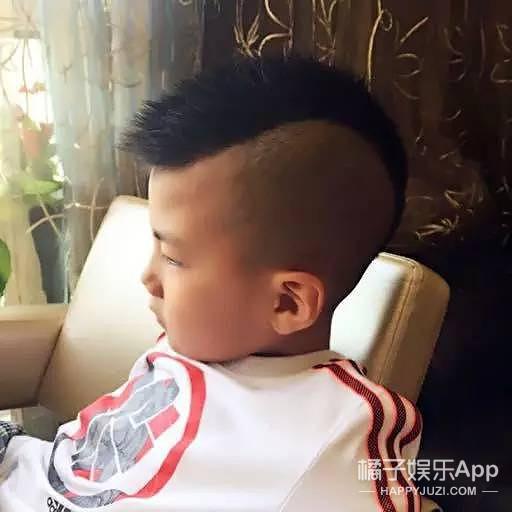 李健、黄轩、霍建华...这些禁欲系男神全都输给6岁的康康